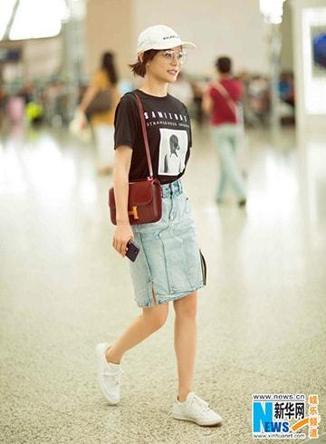 Sao Hoa ngữ sành điệu với áo thun - Hình ảnh 8