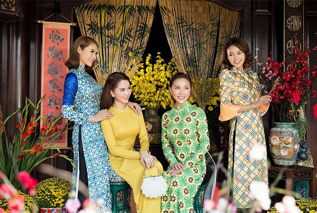 Ngọc Trinh quyến rũ với áo dài Cô Ba Sài Gòn - Hình ảnh 1