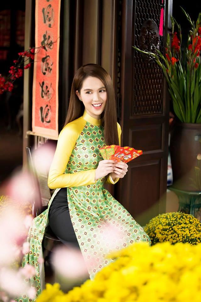 Ngọc Trinh quyến rũ với áo dài Cô Ba Sài Gòn - Hình ảnh 12