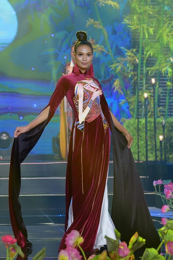Người mẫu teen Bảo Nguyên mở màn bộ sưu tập áo dài Vũ điệu Đông Hồ - Hình ảnh 6
