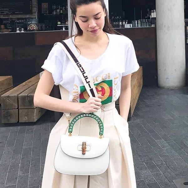 Các mẫu áo thun in logo khiến sao Việt phát cuồng suốt năm 2017 - Hình ảnh 2