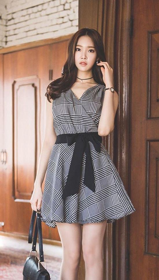 Bí quyết mặc váy giữ dáng cho các nàng tăng cân dịp Tết - Hình ảnh 1