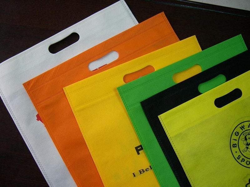In vải không dệt tại Công ty In Vải Kỹ Thuật Số Hoa Anh Đào - Hình ảnh 4