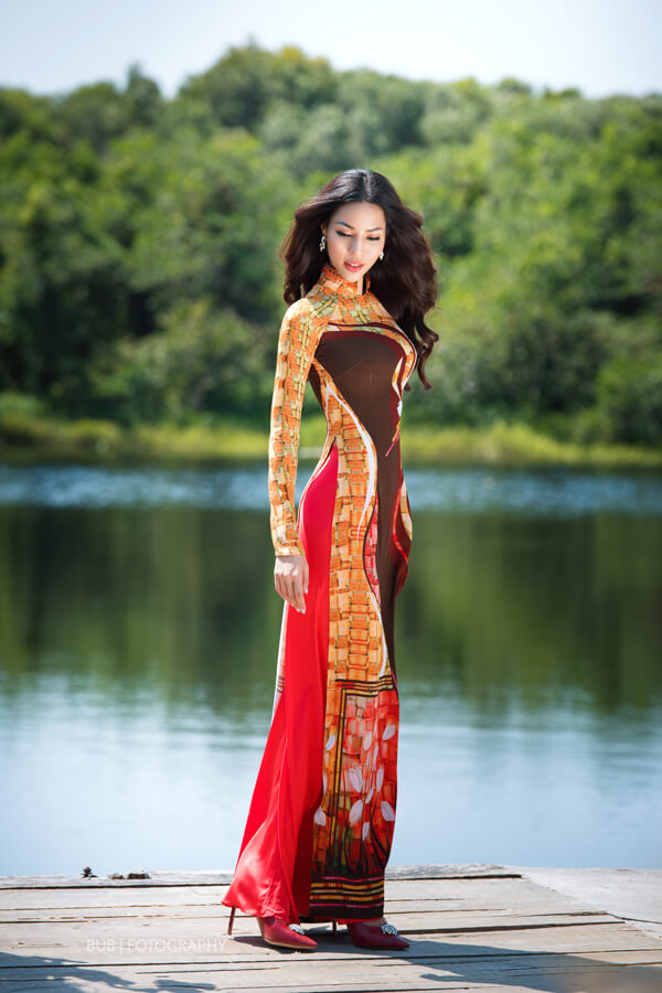 Khả Trang cùng dàn mẫu diện áo dài tôn vinh vẻ đẹp phụ nữ Việt - Hình ảnh 3