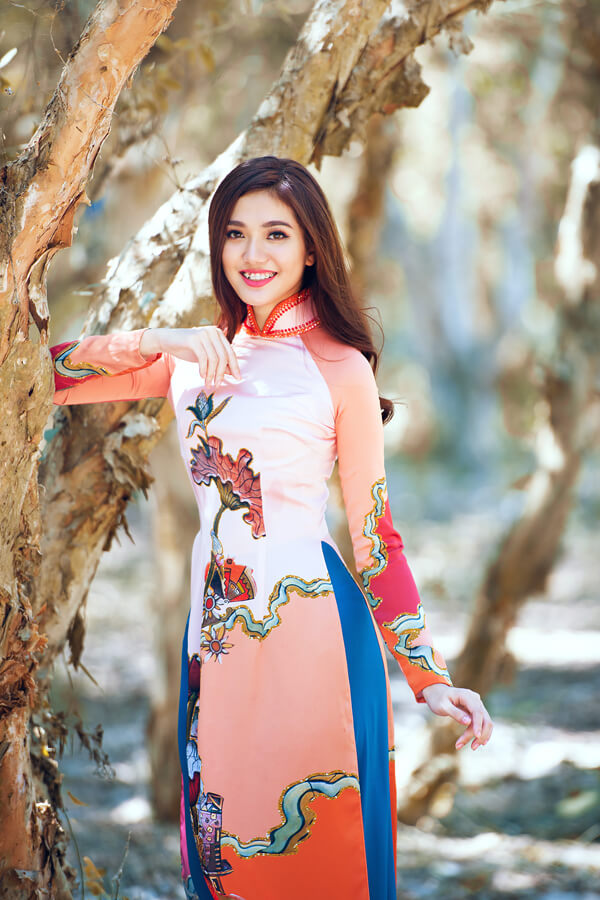 Khả Trang cùng dàn mẫu diện áo dài tôn vinh vẻ đẹp phụ nữ Việt - Hình ảnh 10