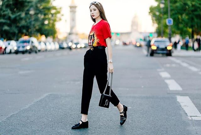 Hoa hậu Kỳ Duyên mix đồ sành điệu với áo thun - Hình ảnh 8