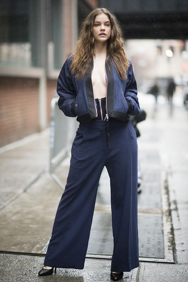 Phong cách thời trang đẹp hút hồn của Barbara Palvin - Ảnh 2