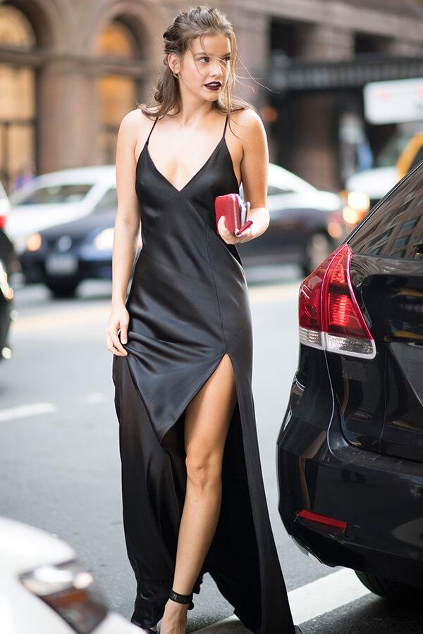 Phong cách thời trang đẹp hút hồn của Barbara Palvin - Ảnh 5