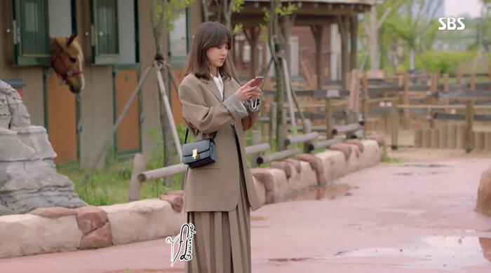 Soi thời trang của tiểu thư Dan Sae Woo trong Chảo Lửa Tình Yêu - Hình ảnh 11