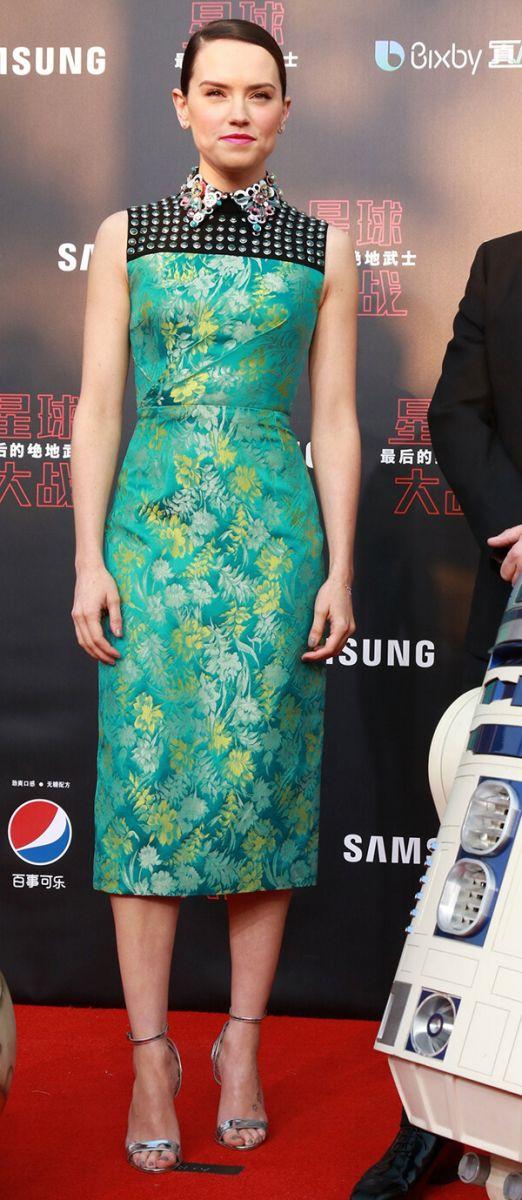 Top 10 bộ váy hoa nổi bật trên thảm đỏ Hollywood - Hình ảnh 4