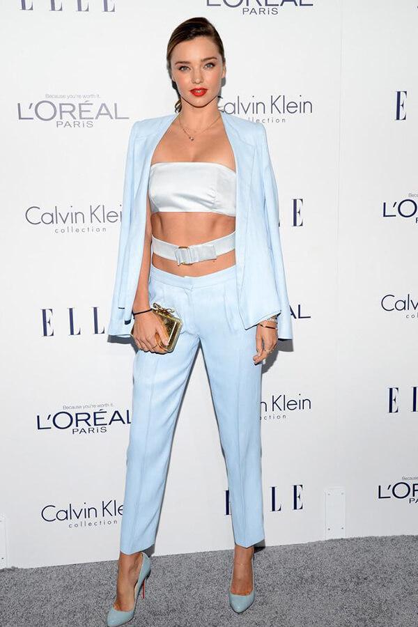 Người mẫu Miranda Kerr xuất hiện vừa gợi cảm vừa trẻ trung, duyên dáng