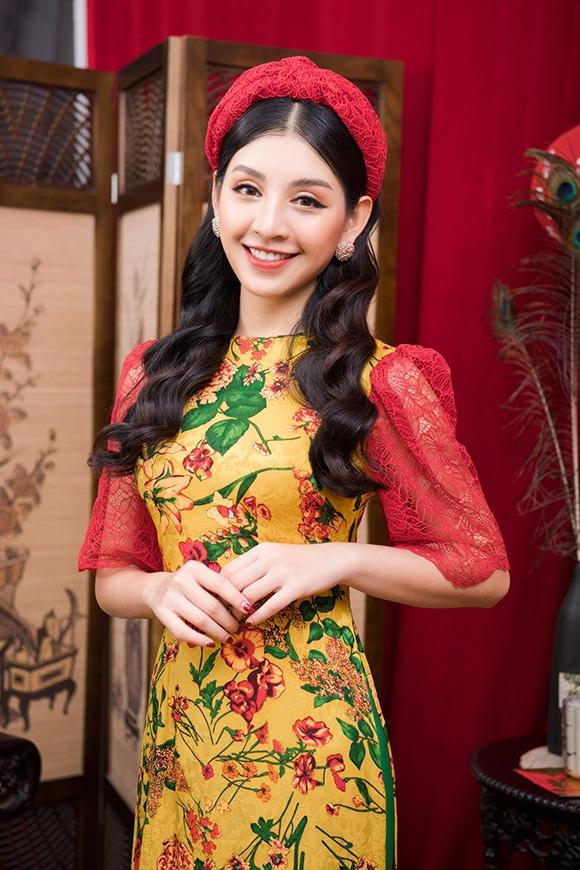 Áo dài Tết của Kenny Thái và Hòa Nguyễn
